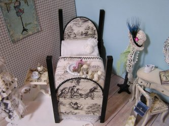 Bedroom Black Toile and Dressing Table