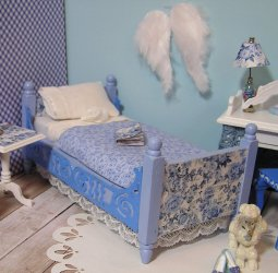 Bedroom Blueberry Blue Floral