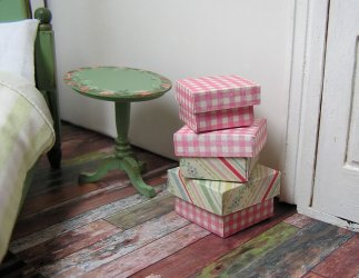 Boxes for gifts or decoration