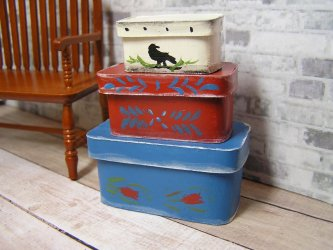 Boxes-3 painted with a Primitive Design