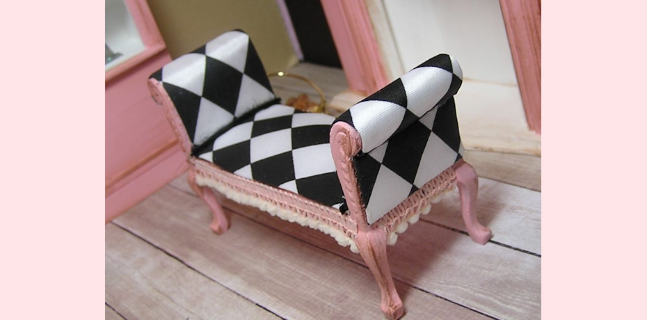 harlequin bench